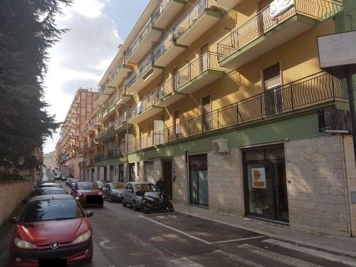 Appartamento Di Tre Vani e Accessori Al Secondo Piano Con Ascensore