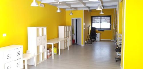 Centrale Locale Commerciale di 55 mq. In Buone Condizioni Con Impianti Cert.ti