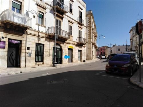 Locale Commerciale nei Pressi di Porta Barsentùo
