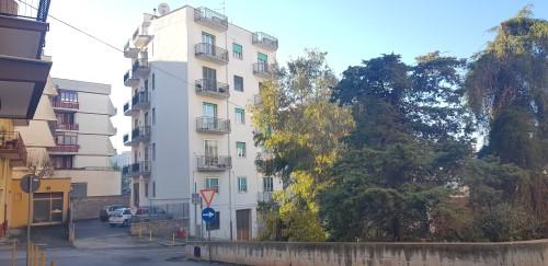 Panoramico, Appartamento al IV Piano in Buono Stato di 4 Vani e Accessori